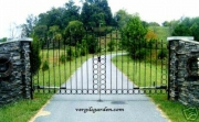 13' Circle & Arrow Driveway Gates