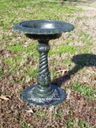 Birdbath - Small - Twisted Base